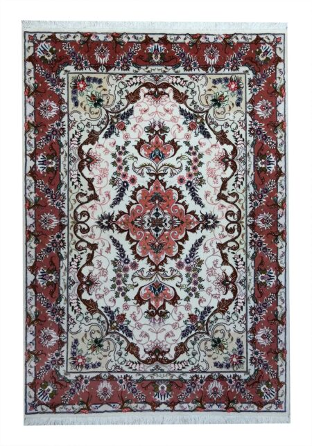 Tabriz carpet of excellent craftsmanship